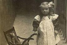 bambini e giochi ( vecchie foto )