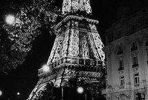 PARIS. / Ville de l'amour.