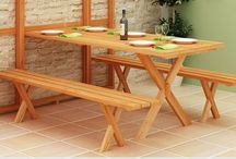 Outdoor furniture / Folding patio table