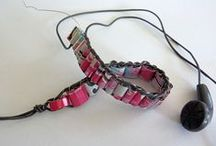 Junk4Joy-Metal / Re-think aluminium cans and their tabs, tin cans, bottle tops, paper clips etc.