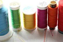 Threads & Needles / Fils & aiguilles