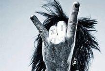 I am..Mötley Crüe