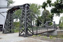 Mosty / Mosty .konstrukcje naturalne i myśl ludzka , budowle na całym świecie.