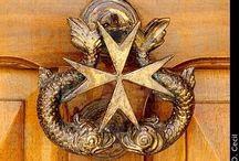 Kołatki= door knocker / Kołatki , ozdobne detale na drzwiach i oknach,klamki