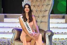 ECEM CIRPAN (Miss Turkiye 2015) / Born: 1997-Bursa, Height : 1.85, Bra : 89, Waist : 69, Hip : 93, Dress Size : 36, Hair colour : Brown Yellow, Eye colour : Green, Shoe size : 40, Profession : a professional volleyball player, model (http://www.blackswancasting.com/)