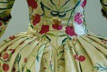 Fashion of bygone years / Historische kleding door de eeuwen heen. / by Jan Grinwis