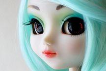 Pretty Pullips  / by Trayola