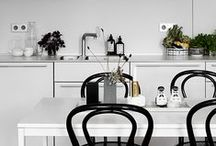 kitchens / kitchen decor · beautiful kitchen designs · kitchen ideas · pantry and kitchen inspiration