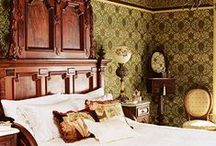 Traditional Mood Board ideas / Sometimes it's hard to express what your thoughts are when you want to redecorate. Here is a sample of a mood board for someone wanting to put together a traditional styled room.  A mood board can contain anything at all. Ideas could come from existing interiors, fashion, films, anything at all. Putting this together gives us an idea of the kind of things you like, and helps us get in your mind to work out what you might like.