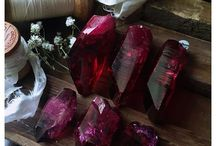 Gemstones and crystals / Gems, crystals and the use of them