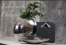 Lebensart Deluxe / Schöne Vase und Schale in Silber-Optik, Filztasche zum Aufbewahren von Zeitschriften oder Brennholz. Bonsai-Äste und Deko-Blume. Edle Deko für Ihr Zuhause.