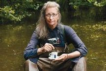 "Annie Leibovitz / Anna-Lou ""Annie"" Leibovitz (born October 2, 1949) is an American portrait photographer. / by Taco"