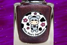 Sparkly Moo / A plum holo with gold ultra holo glitters, red holo glitters, blue iridescent glitters and subtle purple flakies. Inspired and named after Moo Moo Sparkly who is now residing with owner, Maria Metzger in Denmark with her twin moo, Molly.
