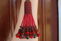 Beading - Tassel / www.etsy.com/shop/BeadsOfBohemia - COLLECTION OF TASSEL Designs, Patterns, Instructions, Inspiration. - pins marked * are FREE patterns or instructions, - pins marked *P are patterns or instructions to buy