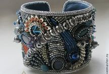 Beading - Cuffs / www.etsy.com/shop/BeadsOfBohemia - COLLECTION OF BEADED CUFF Designs, Patterns, Instructions, Inspiration. - pins marked * are FREE patterns or instructions, - pins marked *P are patterns or instructions to buy