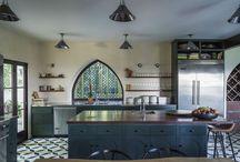 Kitchen / by Larissa Leydier