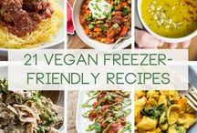 Cheap Vegan Meals / Being vegan doesn't need to be expensive. Check out these cheap vegan meals!