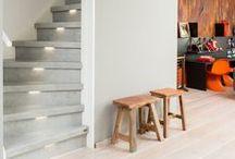 Basic stijl / Bij een basic trap is er veel aandacht voor materialen, vormen en contrasten. Een grijze betonlook trap bijvoorbeeld past perfect bij een basic, Scandinavisch interieur. Kortom basic valt goed te combineren.
