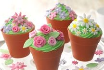 Sweet Cakes !!!!!!!! / Beautiful Cupcakes!!!! Enjoy!!!!! / by Evie