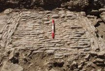 Medieval Tithe Barn Excavation / Archaeological Evaluation Reveals Medieval Tithe Barn in South Gloucestershire