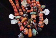 Joieria / Jewelry / Joyería / Bijoux / Joyería tribal de Marruecos y otros países / Tribal jewelry from Morocco and other countries