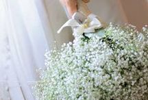 WEDDING BOUQUETS / Chic, classic, bridal, pretty, country, simple, georgeous, white, ivory, pink, orange ...