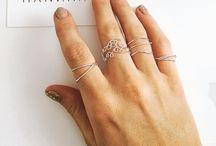 Rings / Wire wrap rings by HANNAH