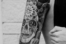 Tattoooos / Tattoos