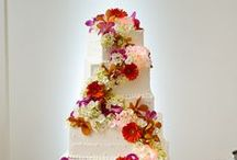 Cakes with Orchids / Beautiful cakes decorated with tropical orchids AmysOrchids.com
