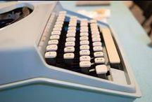 Typewriters / Typemachines / Stationary and other stuff that has a typewriter on it. Stationary en ander leuks met typemachines erop.