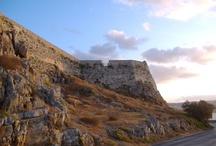Crète / Mon île de rêve, où je suis déjà allée à plusieurs reprises et où j'aimerais vivre un jour. Ah, écrire à l'ombre des murs de Knossos ou Spinalonga, quelle inspiration !