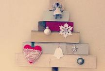 Alternative Christmas trees / No need for picking up pine needles with these fun ideas