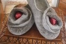 felted slippers - pantofole in lana infeltrita / felted slippers - pantofole in lana infeltrita