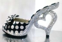 FASHION ~ Shoes ~n~ Purses / Women's Shoes, Women's Purses, Pocketbooks / by Clevelaw