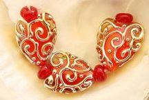 biżuteria / Zimna porcelana, fimo, papier, materiał, koronka, makrama, frywolitka, szydełko, koronki, guziki.... i wszystko z czego można stworzyć biżuterię itp ozdoby.