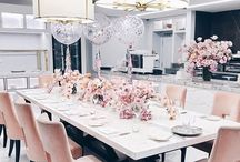 Divine Dining rooms / Dining rooms are the place where we all gather together, big celebration dinners and lunches are had. Memories are made, so why not make your dining room something special?? Here are a some lovely ideas for your next family celebration.
