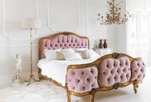 Voluptuous Velvet - Trend 2017 / Velvet - not the most commonly thought of fabric for a basic family house or flat in the middle of a city. But it's a big trend for Autumn 2017 so get your skates on and get yourself some lovely velvet for your home. Here's some inspiration for every kind of furniture.