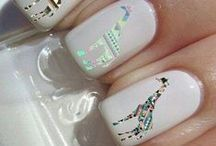 nails ! / by Courtney Cullum