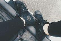 Zapatos y bolsos. / b gfndfghn
