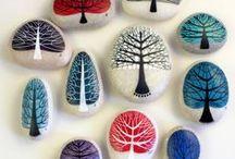 ['w'] Stone -easter eggs/ Painting/carving / ['w'] eggshell / rock art / street art/egg painting&carving 「石に描かれた絵」「イースターエッグ」「卵殻彫刻」 street art