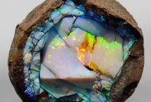 Mesmerising Opal / Such a deep rich stone with different personalities each time you look.