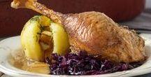Weihnachten - Rezeptideen / Tolle Ideen für die schönste Zeit des Jahres! Diese Rezepte lassen garantiert Weihnachtsstimmung aufkommen! Ob ganz entspannt oder 4 Gänge Menü, Fisch oder Fleisch, Ente oder Gans, Kartoffelsalat, vegan oder vegetarisch - hier findet jeder das Passende für ein ganz besonderes Weihnachtsfest.