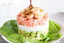 Fisch & Meeresfrüchte / Alles was Süß- und Salzwasser zu bieten haben: auf dieser Pinnwand sammeln wir die besten Rezepte für Fisch und Meeresfrüchte. Ob Lachs, Forelle oder Kabeljau - für jeden Geschmack ist etwas dabei. Dazu gibt es feine Gerichte mit Garnelen und Muscheln.