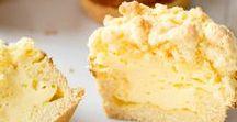 Käsekuchen & Cheesecake / Eins ist sicher: Käsekuchen geht immer. Ob als Klassisch deutscher Käsekuchen mit Quark, cremiger New York Cheesecake mit Frischkäse oder sogar japanischer Souflée-Käsekuchen ohne Boden. Mit oder ohne Obst, schokoladig, vegan – mit diesen Rezepten bringst du auf jeden Fall Abwechslung auf die Kuchenplatte!