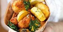 Wir lieben Schwein(ereien) / Wir lieben alle Gerichte rund ums Schwein, sei es in Form eines kross panierten Schnitzels, eines sanft gegarten Schweinebratens oder auch von würzig marinierten Rippchen.