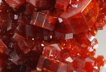 Vanadinite Mineral  Marroquino
