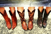 I love all things COUNTRY and Southern!!! / by Emily Patton