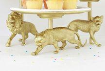 Cupcakestand and cookiejars