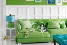 Green Decor / Green-themed ideas and inspiration for decorating your space.