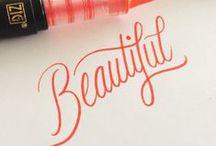 Calligraphie / Une feuille, un crayon, du talent... les plus jolies calligraphies | Pretty calligraphy, typography and letters